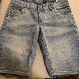 Levi jeans shorts girls size 16